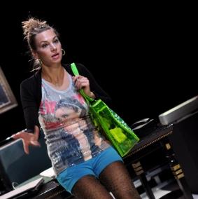 Anna Schwabroh - Hey Boss